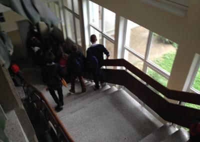 Внатре во гимназијата